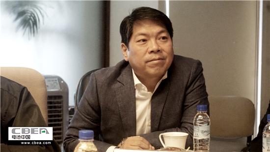菲律宾公共车辆有限公司CEO隆美尔·胡安.jpg