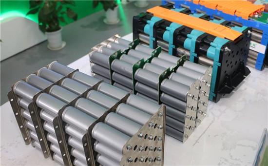"""能量密度提升 磷酸铁锂对三元展开""""反击战"""""""