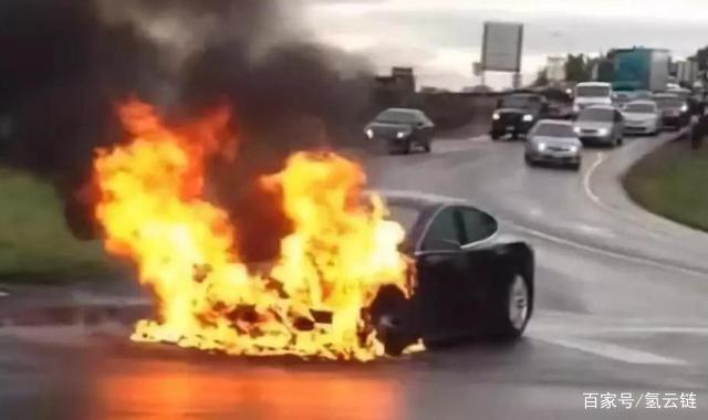 可自行灭火,小鹏汽车申报电池新专利,再也不担心起火?