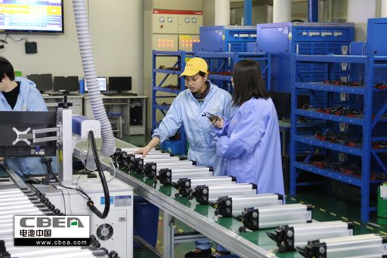 源有限公司动力锂电池生产车间-中国制造 热点追踪 之 突 与 变 的低